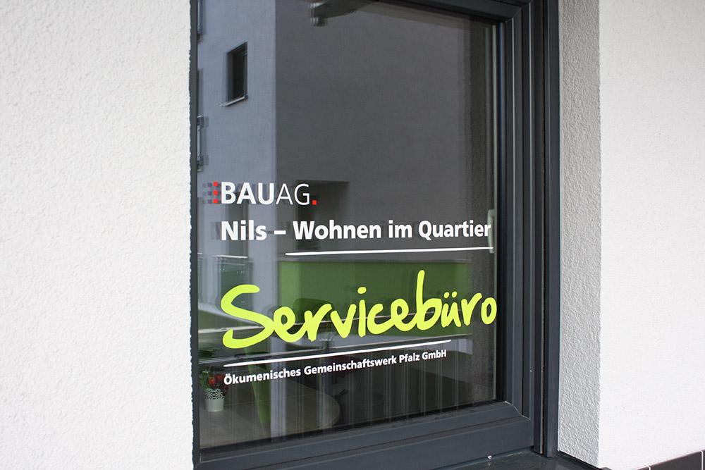 Das Servicebüro im Goetheviertel steht allen Quartiersbewohnern rund um die Uhr mit erfahrenen Ansprechpartnern zur Verfügung.